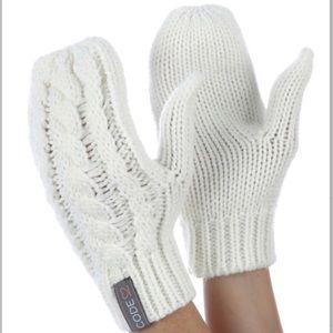 White Cable Knit Mittens